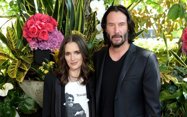 Winona Ryder mengira dia mungkin telah menikahi Keanu Reeves di lokasi syuting Drakula Bram Stoker