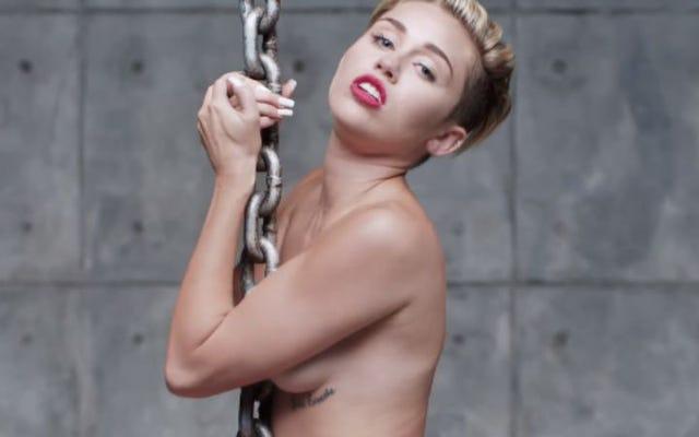 Miley Cyrus et The Flaming Lips joueront un spectacle nu pour des personnes nues