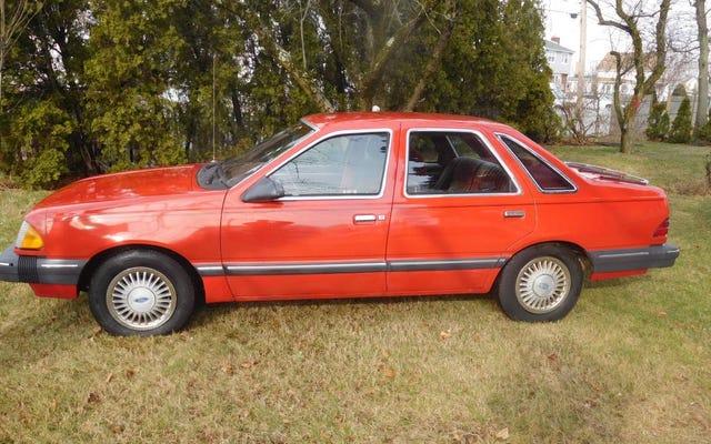 Với giá 3.200 đô la, Ford Tempo LX 1986 này có thể trở thành một cuộc mua lạc quan không?