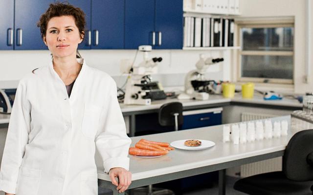 Raport: Badacz musi odejść na chwilę, ale nie krępuj się złapać ciasteczka lub marchewki