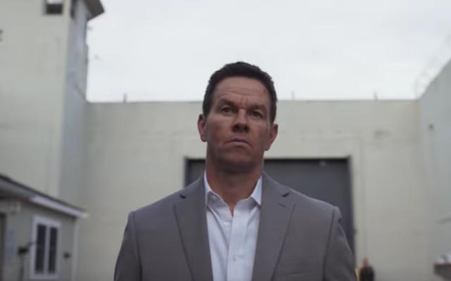 Post Malone adalah rival penjara Mark Wahlberg di trailer Rahasia Spenser