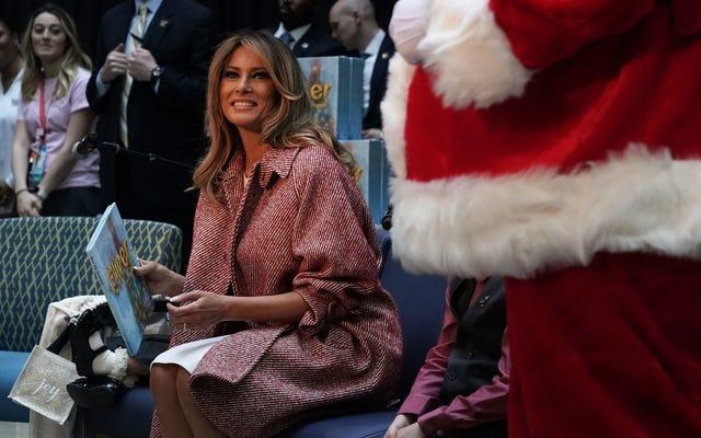 Während Ihr Gehirn während des Mueller-Zeugnisses verkümmerte, plante Melania ihre Weihnachtsdekoration