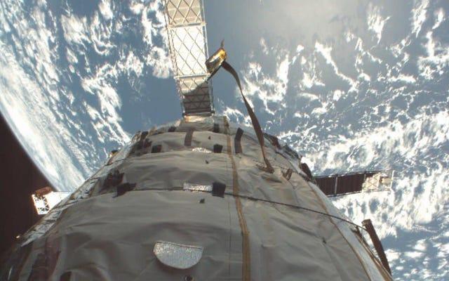 L'aeronautica statunitense avverte che c'è una possibilità che un satellite americano e russo possa scontrarsi durante la notte