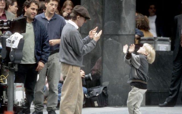 Baca Ini: Ronan Farrow tentang bagaimana pers melindungi ayahnya yang terasing, Woody Allen