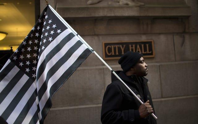 America, Bye: Dlaczego Czarna Ameryka odchodzi, pozostając na miejscu