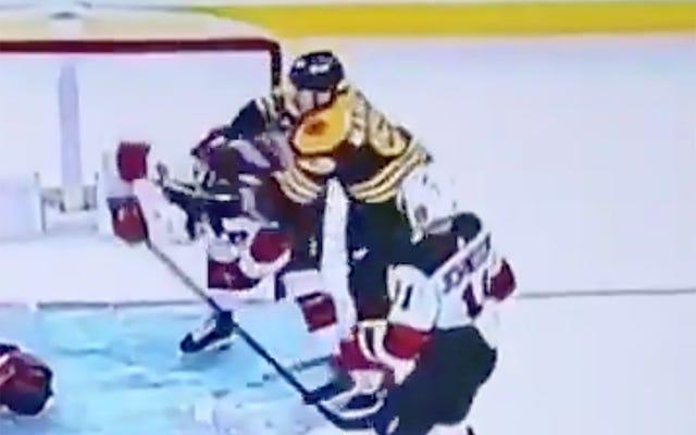 È ora che la NHL faccia un lavoro migliore per proteggere i suoi giocatori