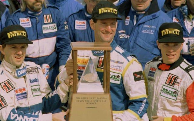 Tay đua xe thể thao Jim Pace qua đời vì COVID-19, 59 tuổi