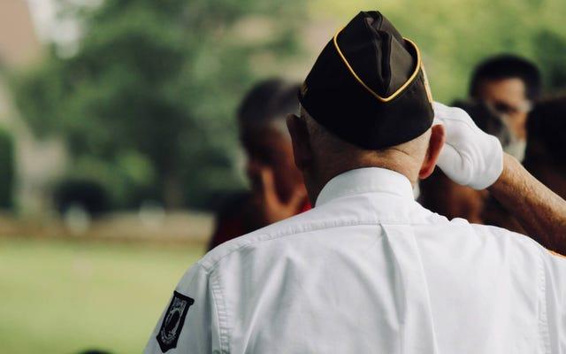 家族の一員の第二次世界大戦のサービス記録を見つける方法