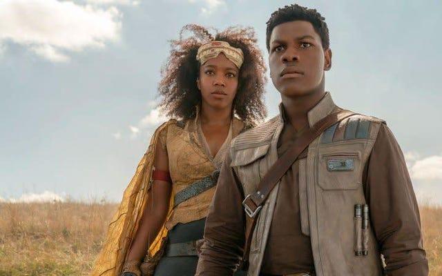 Hình ảnh mới về sự trỗi dậy của Skywalker đã xuất hiện cùng với Tidbit tò mò về Chiến tranh giữa các vì sao 'cổ đại'