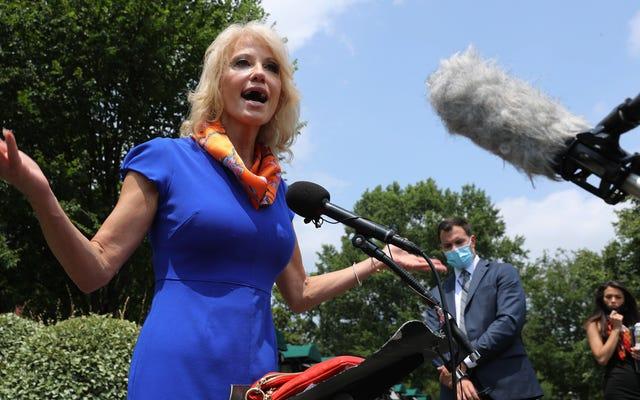 Một số kẻ ngu ngốc nhất mà Kellyanne trốn tránh với tư cách là Cố vấn của Trump