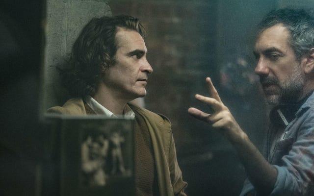 Sebulan Setelah Joker, Joaquin Phoenix dan Todd Phillips Merenungkan Kontroversi, Sekuel, dan Banyak Lagi