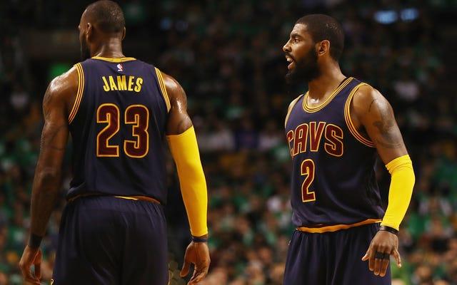 Bir Zamanlar Takım Arkadaşları, Şimdi Kyrie Irving ve LeBron James NBA'in Geleceği İçin Mücadele Eden Rakip Grupları Temsil Ediyor