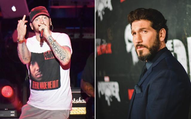 Eminem mengubur kapak dengan saingan lamanya, The Punisher, dengan mengecam Netflix karena membatalkan acaranya