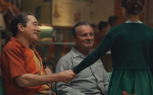 Martin Scorsese et Robert De Niro se retrouvent pour une dernière épopée policière captivante, The Irishman