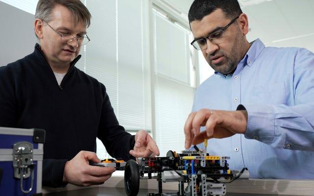 ルノーはレゴを使用してE-Techハイブリッドシステムを設計しました