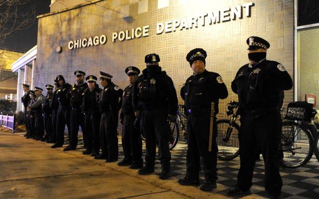 イリノイ州はホワイトハウスの抵抗にもかかわらず、シカゴに警察改革をもたらすことを訴える