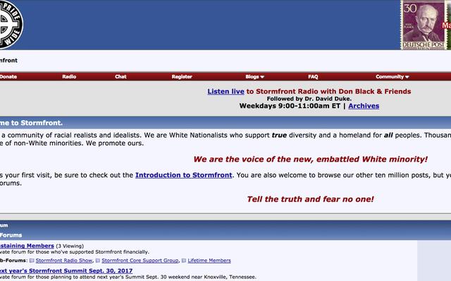 Stormfront, le plus ancien site néo-nazi d'Internet, suit le quotidien Stormer jusqu'en enfer