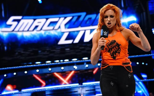 ไม่ว่าคุณจะเชียร์หรือเชียร์ใคร WWE มักจะไม่ฟัง