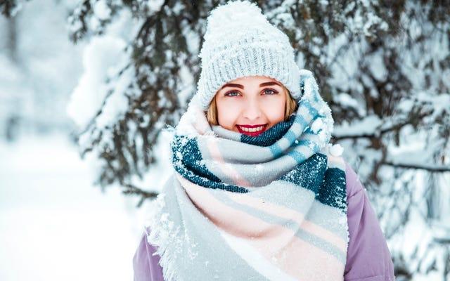 この冬、効果的に重ね着して暖かく保つ方法