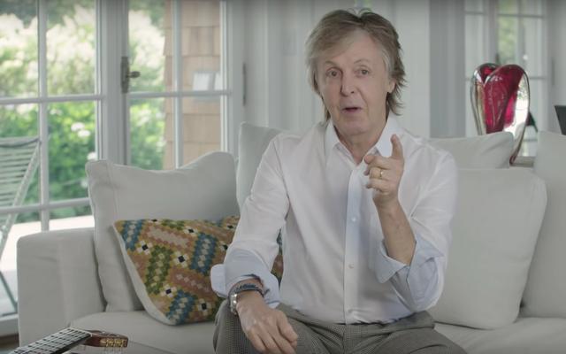 Hej, zobaczmy, jak Paul McCartney przez 30 minut rozbija klasyczne piosenki Beatlesów