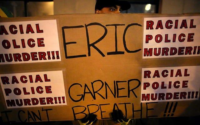 Sĩ quan NYPD đã giết Eric Garner chuẩn bị bắt đầu xét xử vào thứ Hai