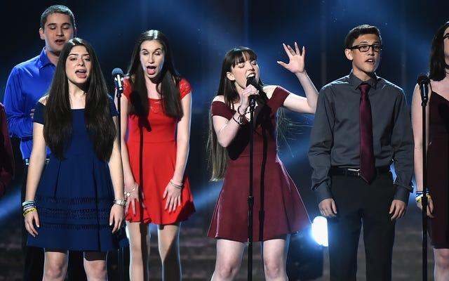 """Studenci z Klubu Dramatycznego Parkland zmiażdżyli """"Pory Miłości"""" na rozdaniu Tony Awards"""