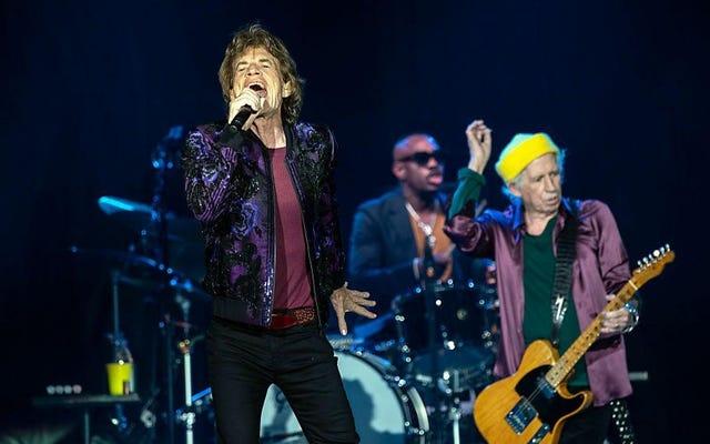 Mick Jagger passa totalmente inosservato nel bar della Carolina del Nord