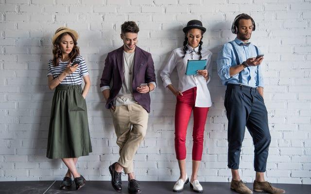 Sự ngạc nhiên? Khảo sát mới cho thấy một vùng vịnh rộng lớn giữa người da trắng thuộc thế hệ Millennial và Millennials da màu về chủng tộc