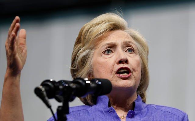Lo scandalo e-mail di Hillary Clinton è appena tornato a fare paura