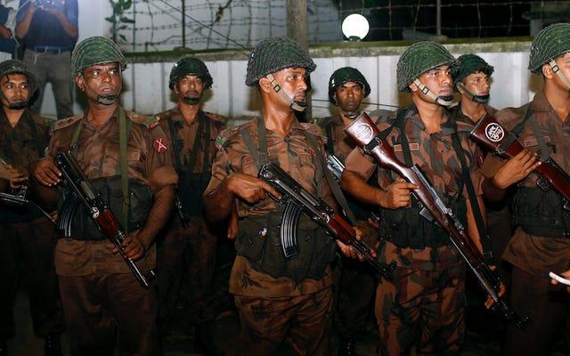 ISISはバングラデシュの首都のレストランへの攻撃の責任を主張します