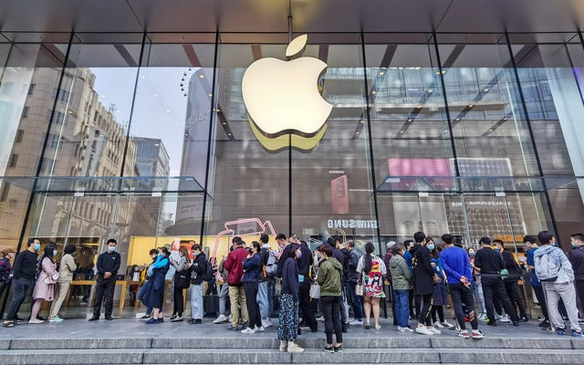 """นักวิจารณ์กล่าวว่า Apple สร้าง """"แบ็คดอร์"""" ใน iPhone ของคุณด้วยเครื่องมือตรวจจับการล่วงละเมิดเด็กใหม่"""