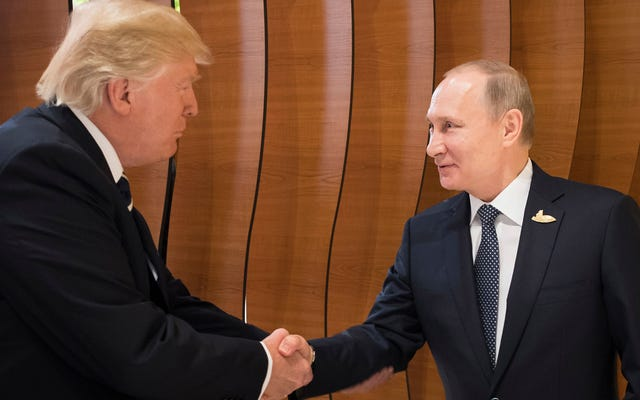 Informe: Los funcionarios de inteligencia no informarán a Trump sobre los ciberataques contra Rusia por temor a que se enoje y se lo diga a Putin