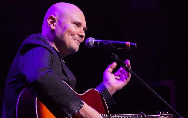 """Billy Corgan dice """"così oolong"""" al suo negozio di tè per ora"""