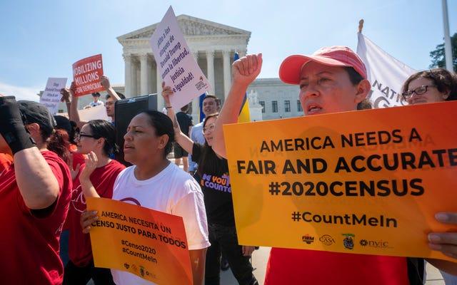 SCOTUSは国勢調査の市民権の質問をブロックしますが、憲法上の政治的ゲリマンダーを支配します