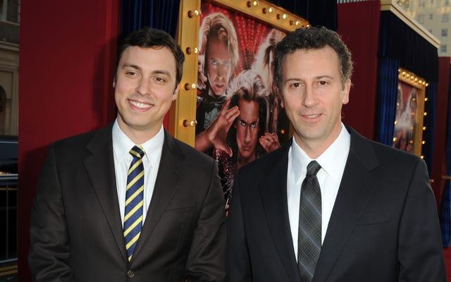 ジョン・フランシス・デイリーとジョナサン・ゴールドスタインがフラッシュ映画を監督するためにストリーク