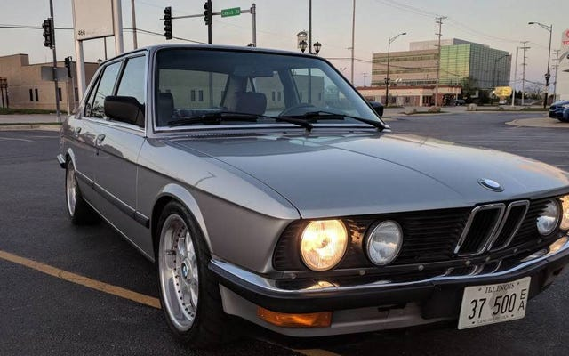 ด้วยราคา 19,500 เหรียญสหรัฐรถ BMW 528e รุ่น LS-Swapped ปี 1987 ที่อาจทำให้คุณตื่นหรือไม่?