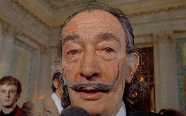 「それは奇跡です」:エンバーマーはサルバドール・ダリの口ひげを「まだ無傷」と言います28年の墓の後で