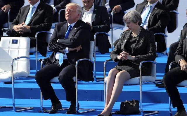 トランプはNATOのリーダーを押し込み、愚かなスピーチをし、アメリカを当惑させる