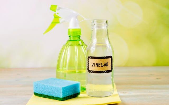 สิ่งที่คุณไม่ควรทำความสะอาดด้วยน้ำส้มสายชูเพราะมันจะทำให้สถานการณ์แย่ลง