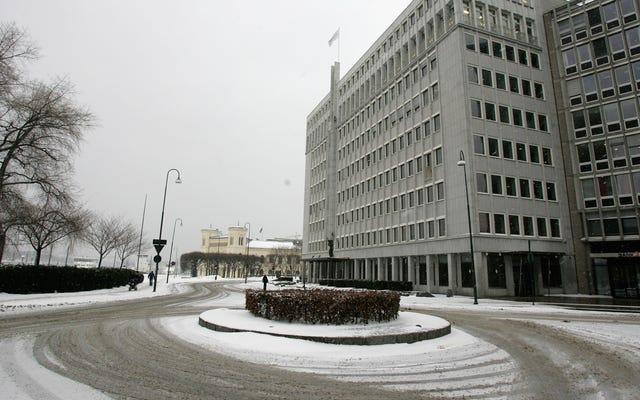 Le gouvernement norvégien demande aux récents diplômés du secondaire de s'abstenir d'avoir des relations sexuelles dans les ronds-points