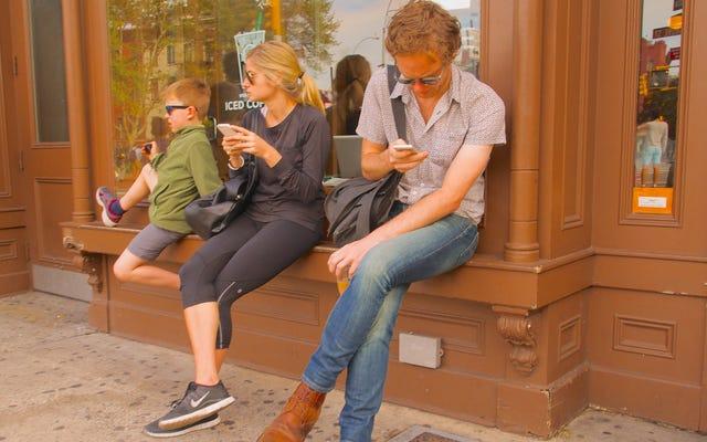 О чем беспокоиться на этой неделе: телефоны, кофеин и медитация