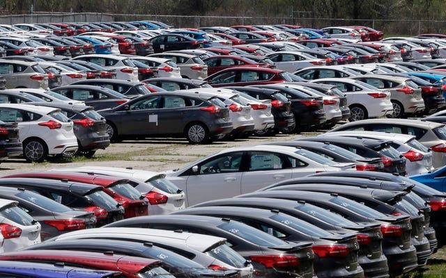 アメリカ人は自動車ローンで記録的な1.1兆ドルを借りています
