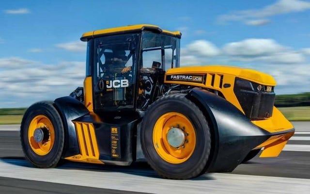 この1,000HPのトラクターは100MPHを超え、トラクターの世界記録を更新しました。
