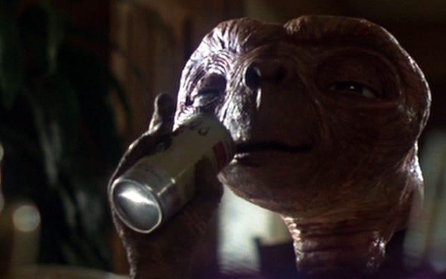 Cómo la colocación de productos se apoderó de la ciencia ficción, de ET a Star Trek