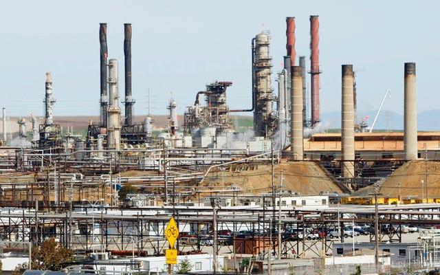シェブロンの油流出は、ベイエリアのコミュニティに押し付けられた最新の不正です