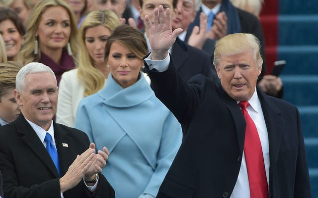 Nuevas fotos demuestran que Trump sigue mintiendo: nadie apareció en su inauguración