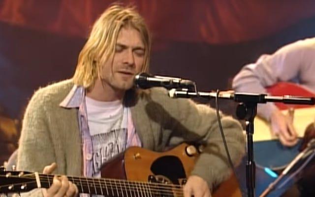 Saluran YouTube Nirvana telah mengupload video-video Unplugged In New York yang remaster dan belum diedit