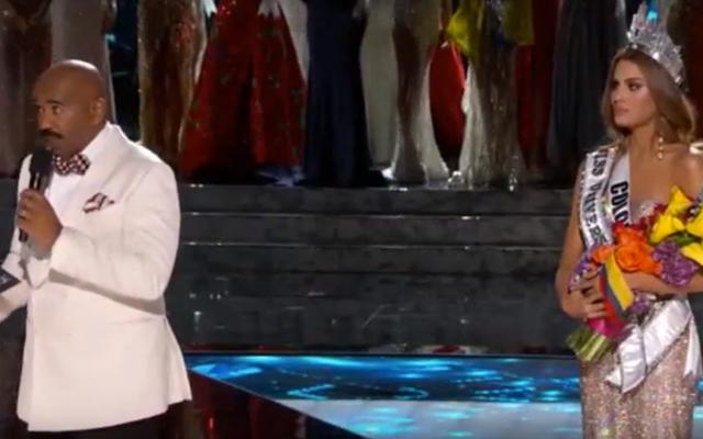 Steve Harvey vermasselt es und gibt den falschen Gewinner bei Miss Universe Pageant bekannt