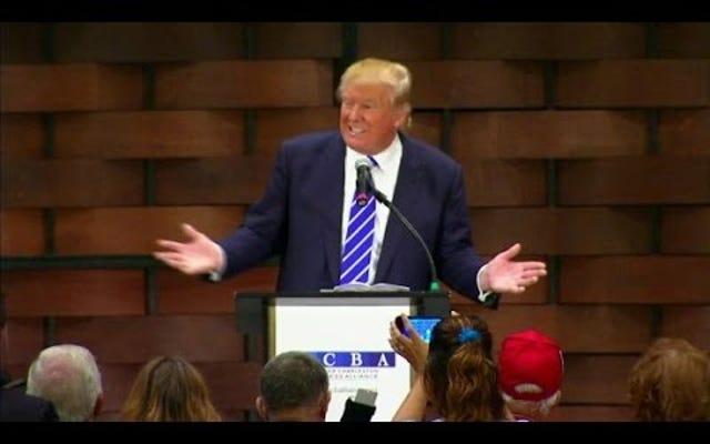 Donald Trump thề rằng 'Shrill' Hillary Clinton là chim ưng, không phải anh ta