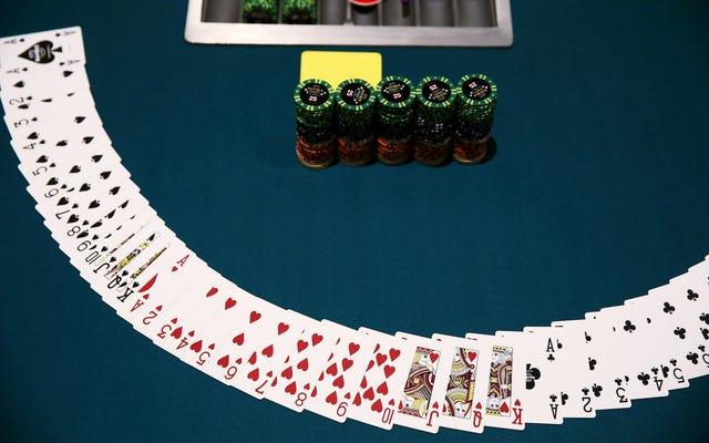 Một người chơi Poker chuyên nghiệp đang tự nhốt mình trong phòng tối trong 30 ngày với số tiền đặt cược 100K đô la [Cập nhật]
